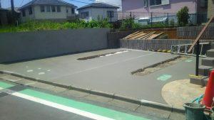 駐車スペース土間打ち